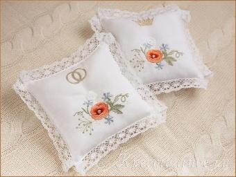 подушечки для свадьбы или венчания