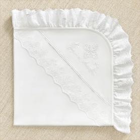 крестильная пеленка с пышной каймой из кружева-шитья