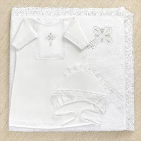 крестильный набор унисекс: рубашка, махровое полотенце с капюшоном и чепчик в красивой коробке