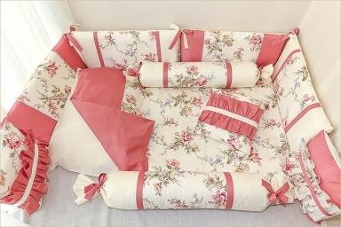 красивое детское постельное белье в кроватку