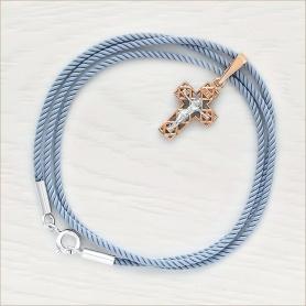 серо-голубой шнурок с серебряной застежкой и золотой крестик 11822 для мальчика