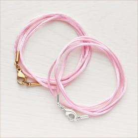 тонкий розовый шнурок-гайтан из шелка с латунной застежкой, длина 40-45 см