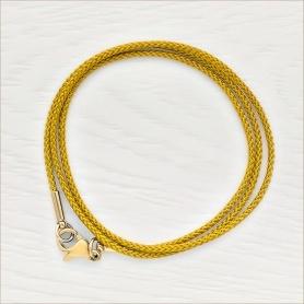мягкий гайтан из нейлона золотистого цвета с позолоченной застежкой
