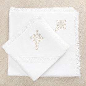 крестильные полотенца с вышивкой бело-бежевого цвета