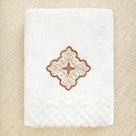 полотенце для крещения мальчика с бежево-коричневым крестом