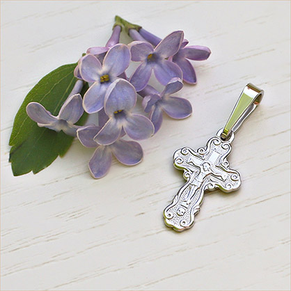 маленький серебряный крестик 11206 завод Аквамарин