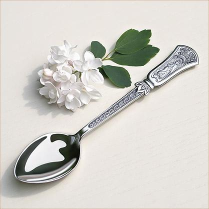 чайная серебряная ложка с ангелом-хранителем на ручке