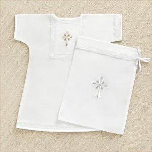 крестильная рубашка распашная на кнопках и мешочек для хранения после крещения