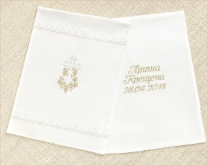 мешочки с золотой вышивкой крестика, имени и даты для хранения крестильного набора