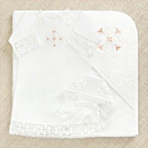 крестильный набор с махровым уголком и кружевной рубашкой для крещения девочки