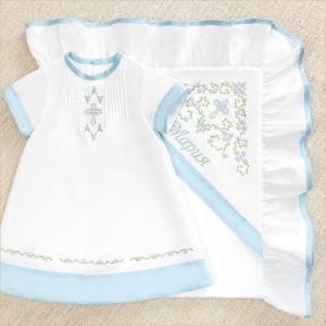именная крестильная крыжма с голубой отделкой и вышивкой для девочки
