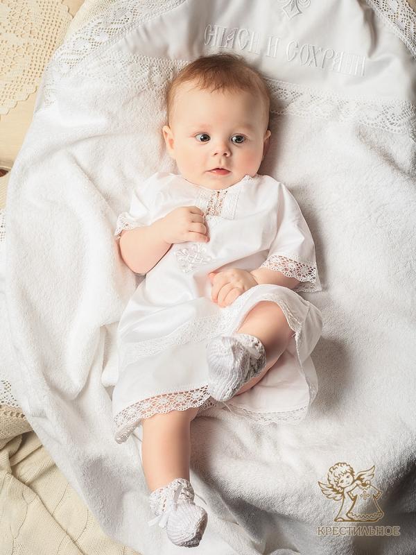 крестильный набор на мальчике 5 месяцев