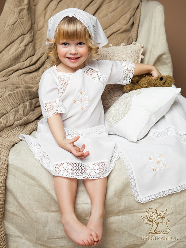 крестильный комплект для девочки модель Ольга