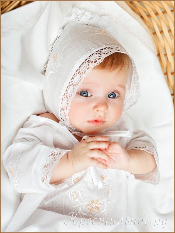 вышивка на детской крестильной сорочке