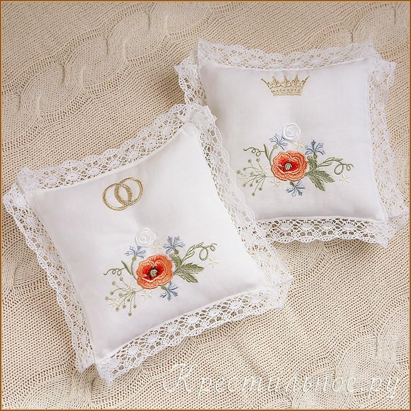 подушки под кольца с вышивкой и кружевом