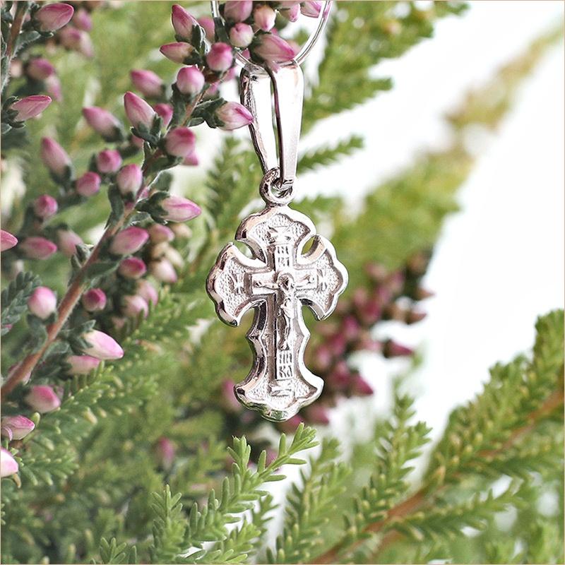 маленький серебряный крестик арт.10004 подходит для крещения младенца