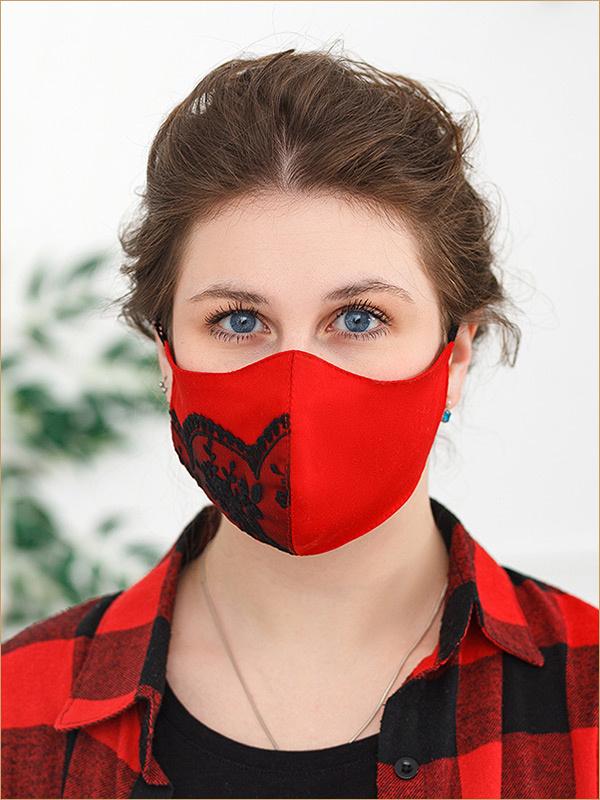 Красная маска с черным кружевом