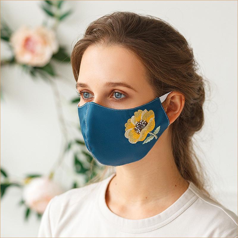 Синяя маска Желтый мак