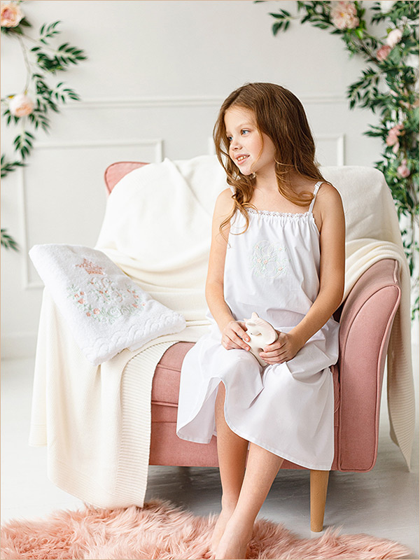 Детская ночная сорочка с монограммой