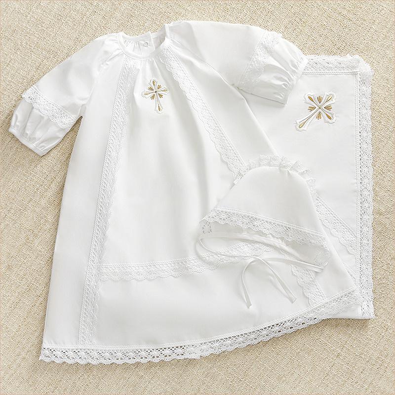 Купить детское крестильное с именной вышивкой в Москве