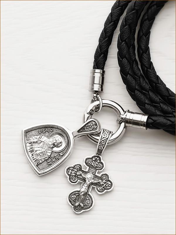 крестик на кольце вместе с образком