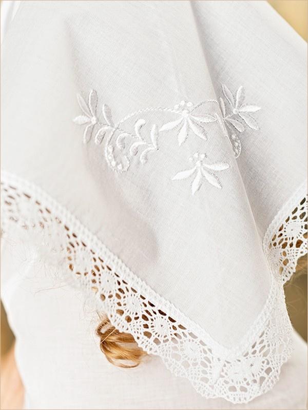 вышивка на крестильной косынке