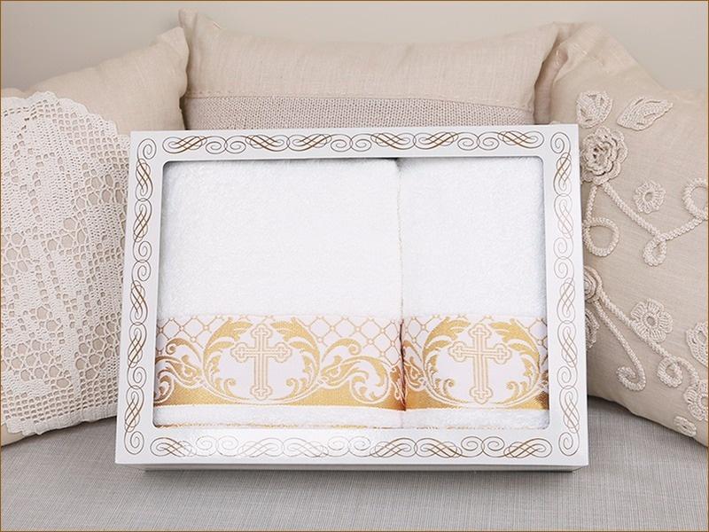 Набор крестильных полотенец с золотым бордюром