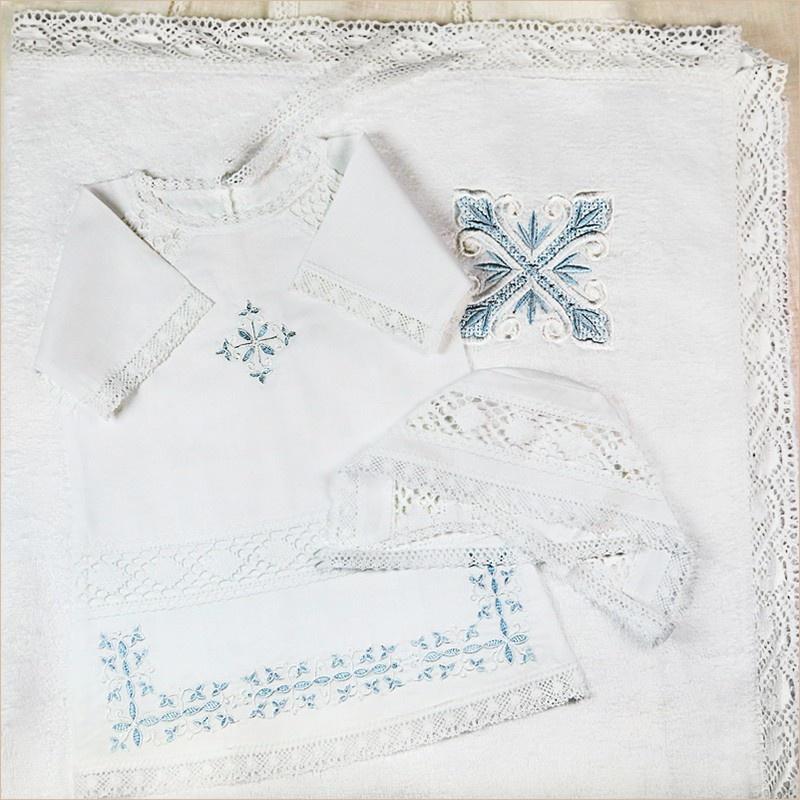 полотенце с бело-голубым крестом и рубашка Илья