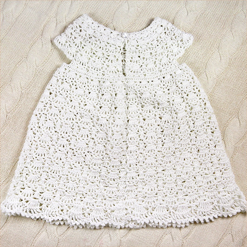 нарядное платье на выписку или крестины
