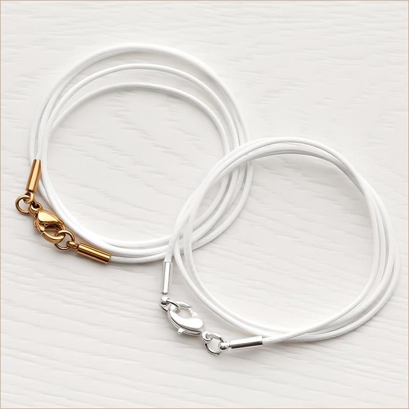 детские шнурки 1,5 мм для крестика из белого текстиля с латунной застежкой