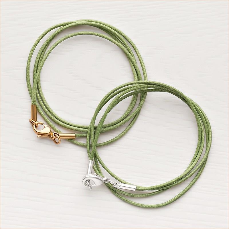 зеленый шнурок для ношения крестика - для кареглазых малышей