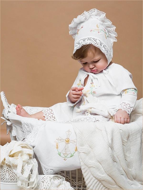 крестильный комплект для девочки с русской вышивкой