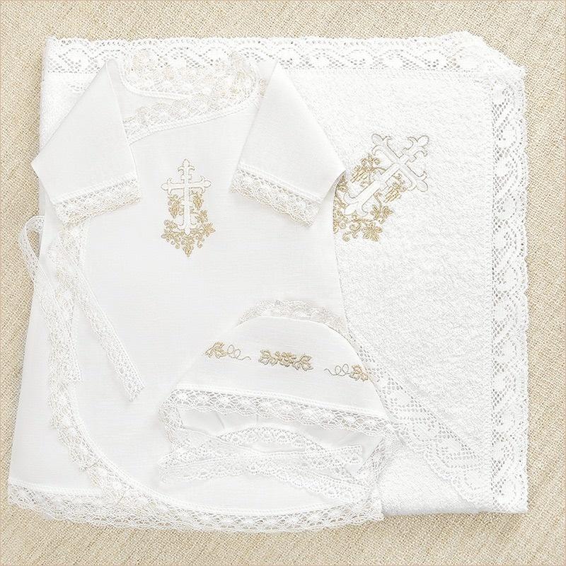 крестильный набор с кружевным полотенцем и золотой вышивкой