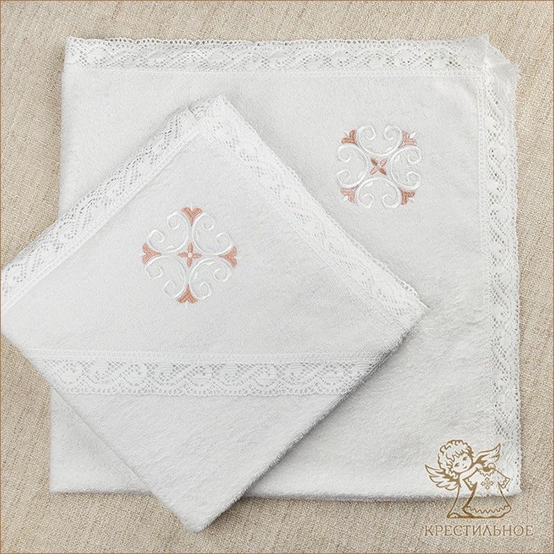 полотенца на выбор с бело-розовым крестиком