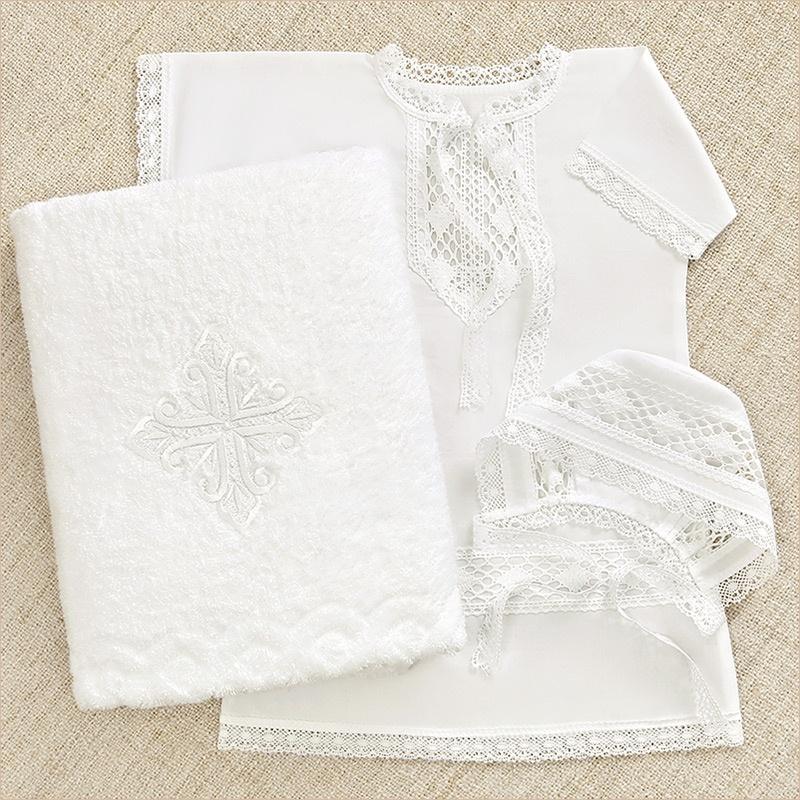 набор для крещения мальчика с белой рубашкой и махровым полотенцем с крестом