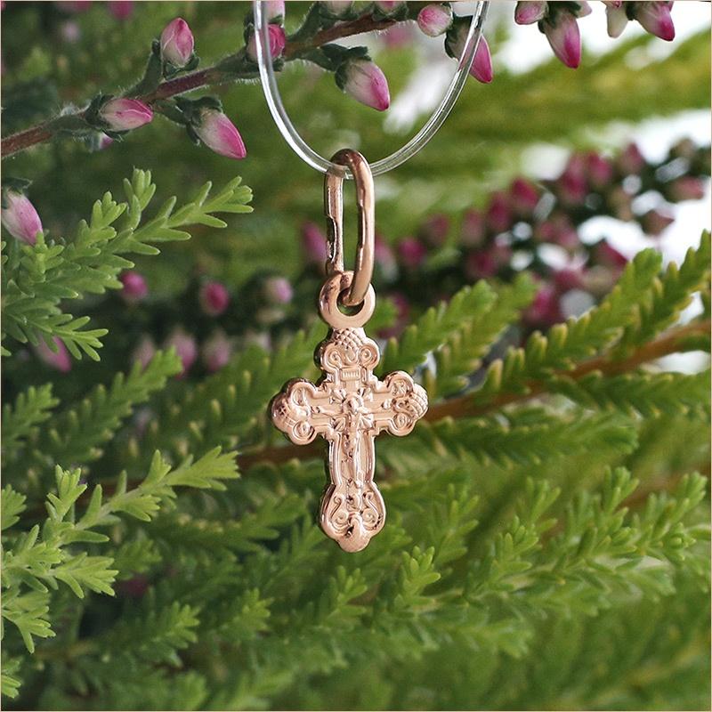малюсенький золотой крестик для новорожденного