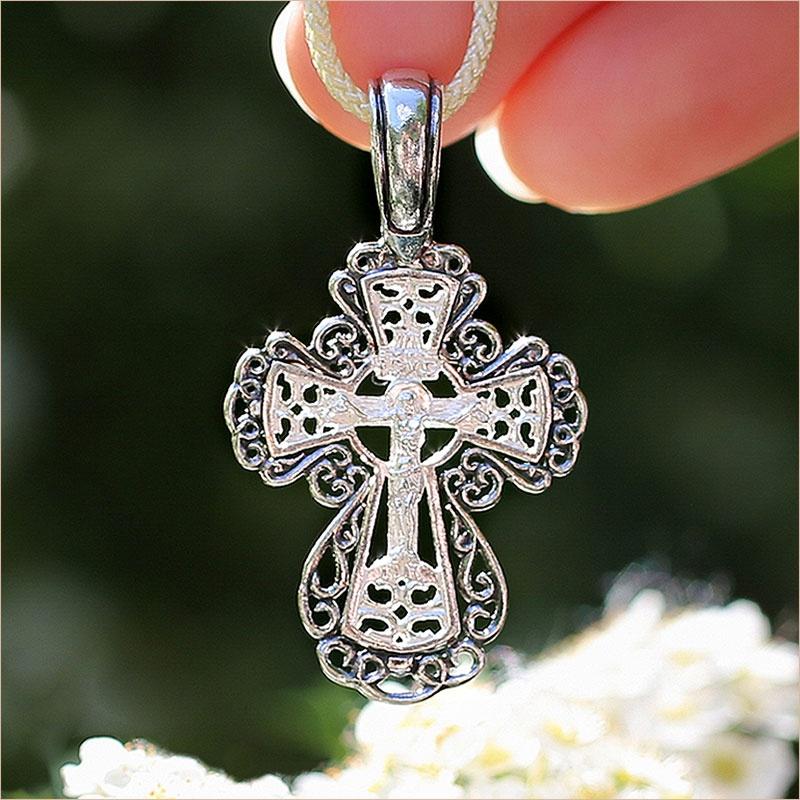 крупный ажурный крест для женщины, серебро с чернением арт.03324 Елизавета