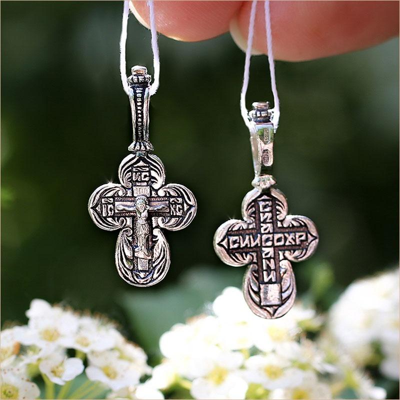 маленький округлый православный крестик из серебра с чернением - подходит для крещения ребенка