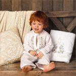 крестильный костюмчик и полотенце - набор на крестины мальчика